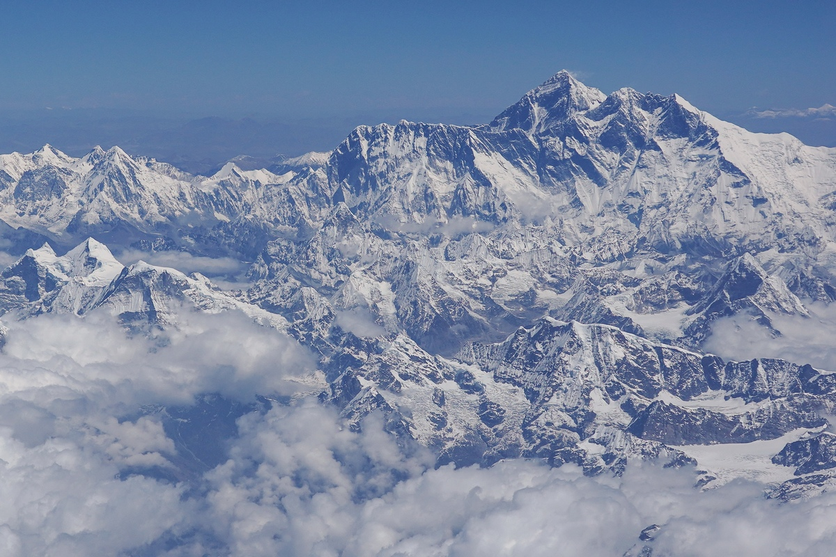 This is the majesty of Mount Everest