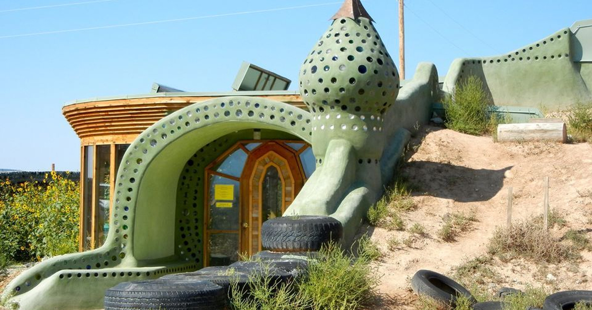 a funky-shaped home in new mexico