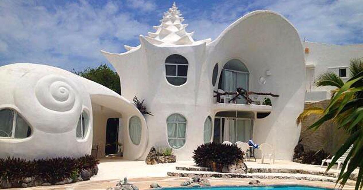 a house shaped like a seashell in mexico