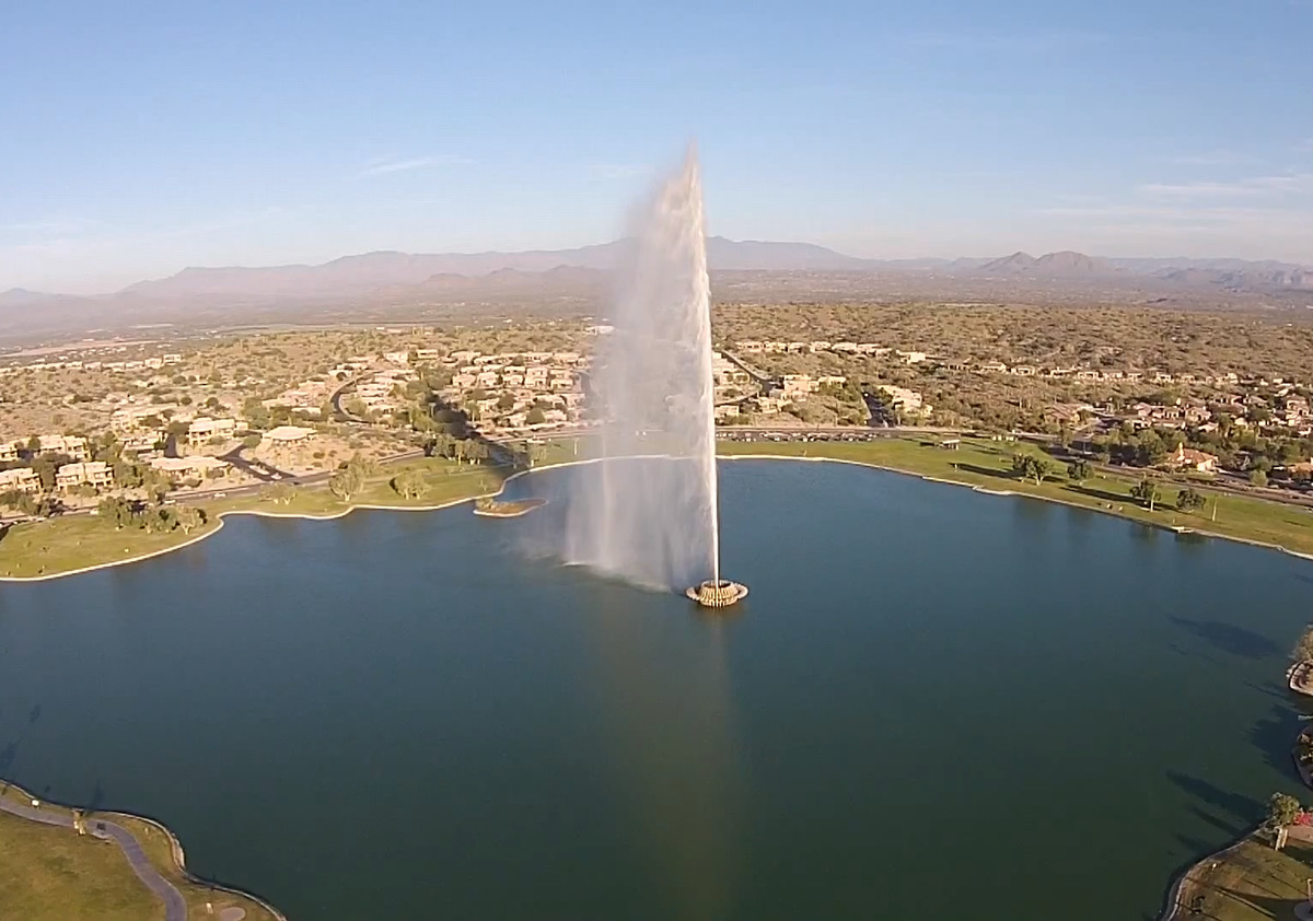An aerial view of the Fountain Hills towering fountain.