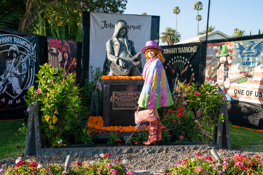 Johnny Ramone grave