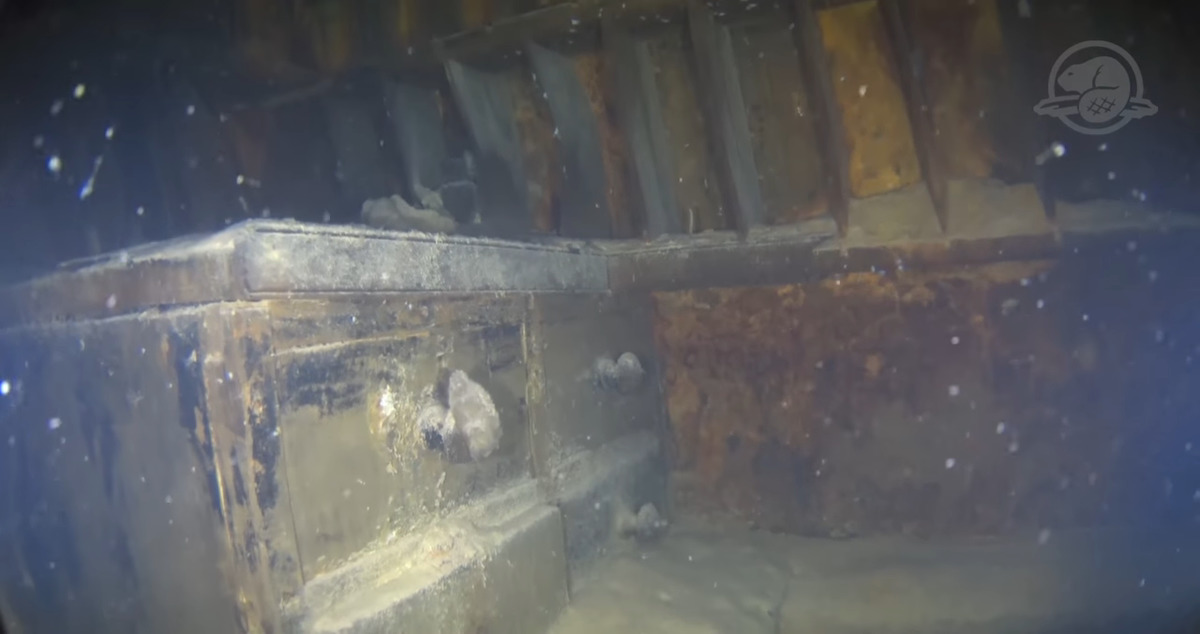 hms terror room drawers