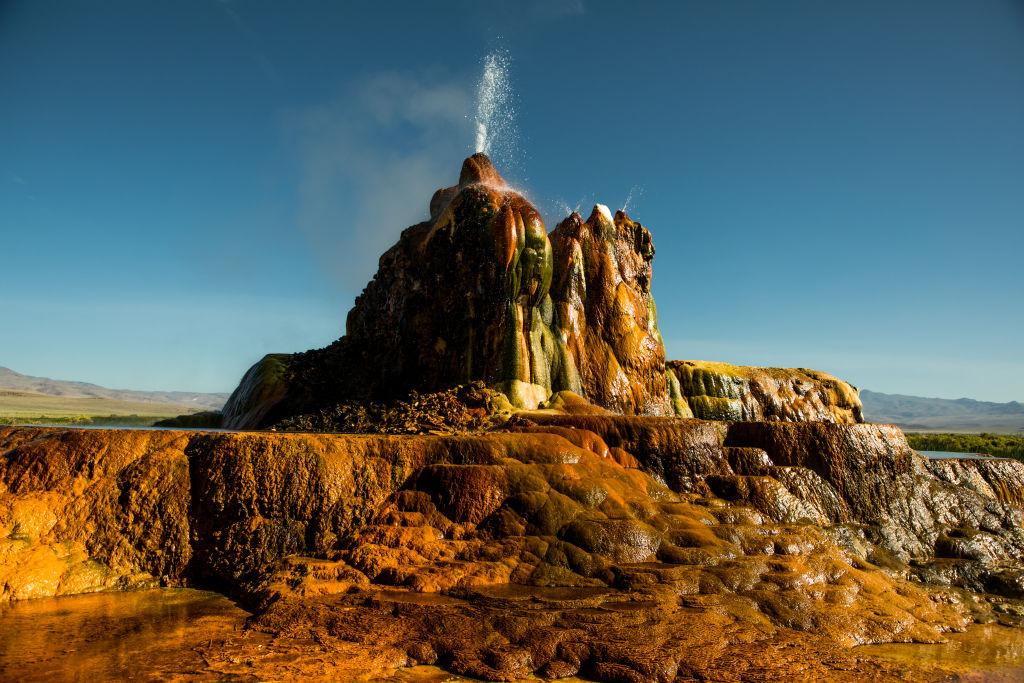 the fly ranch geyser erupting in nevada