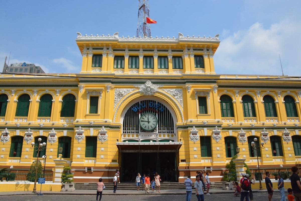 saigon central post office vietnam