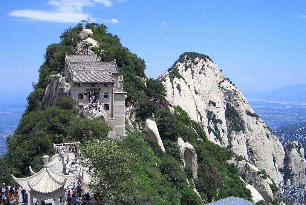 Huashan Teahouse sits on the top of Mount Hua.