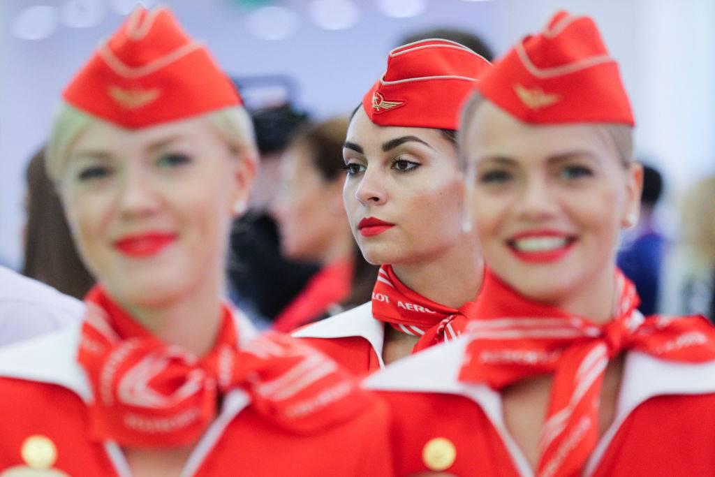 flight-attendents-02-29595