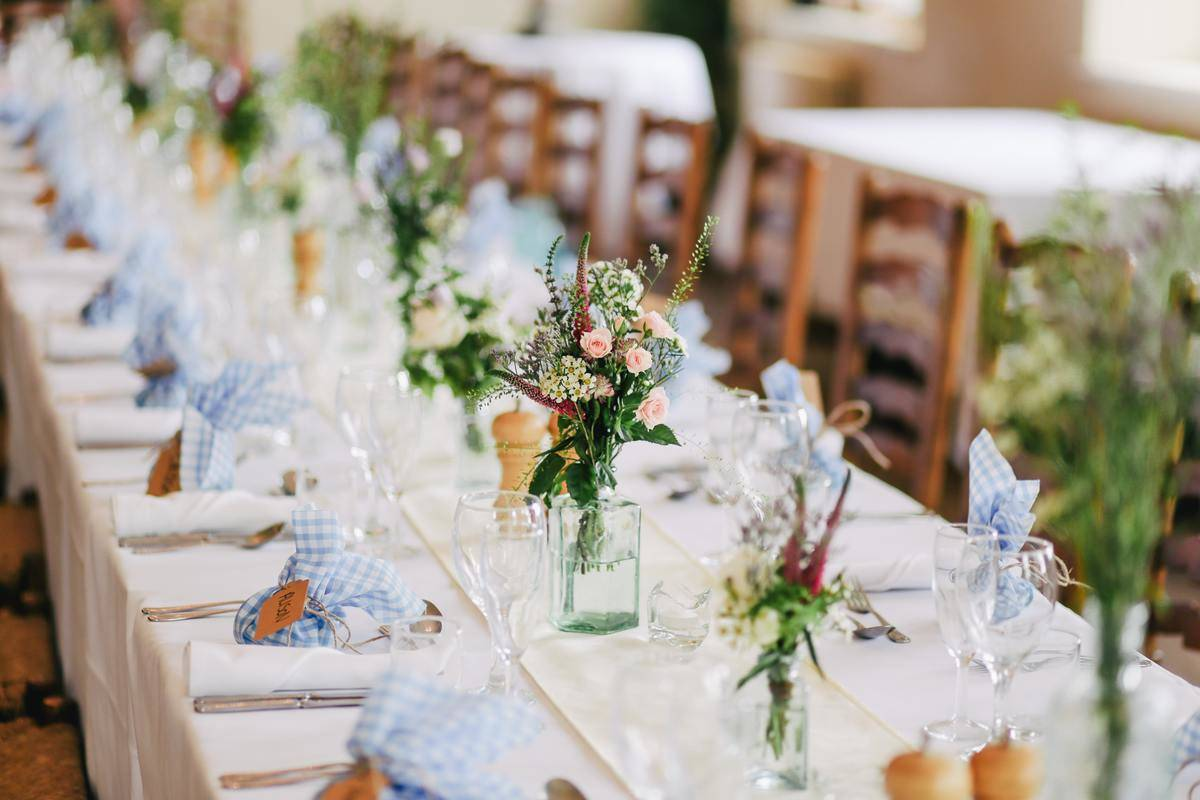 table wedding decor