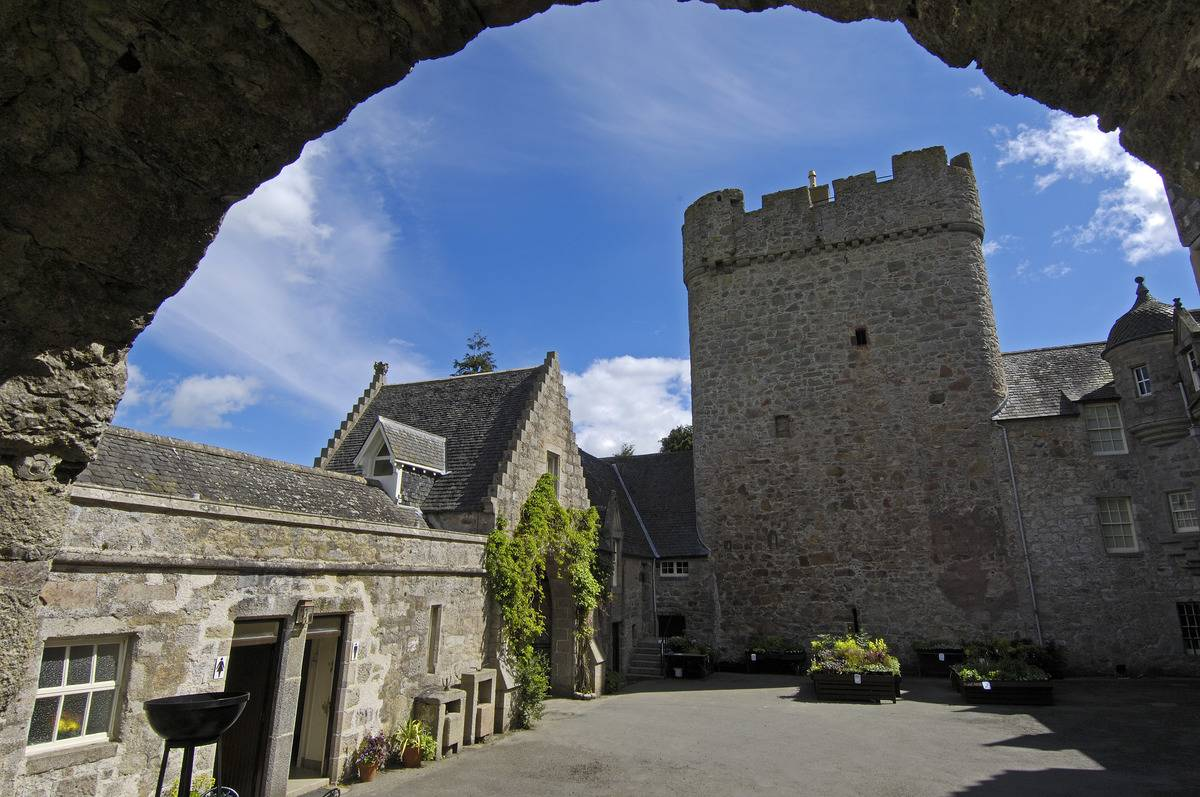 Drum Castle Features Secret Ancient Chambers