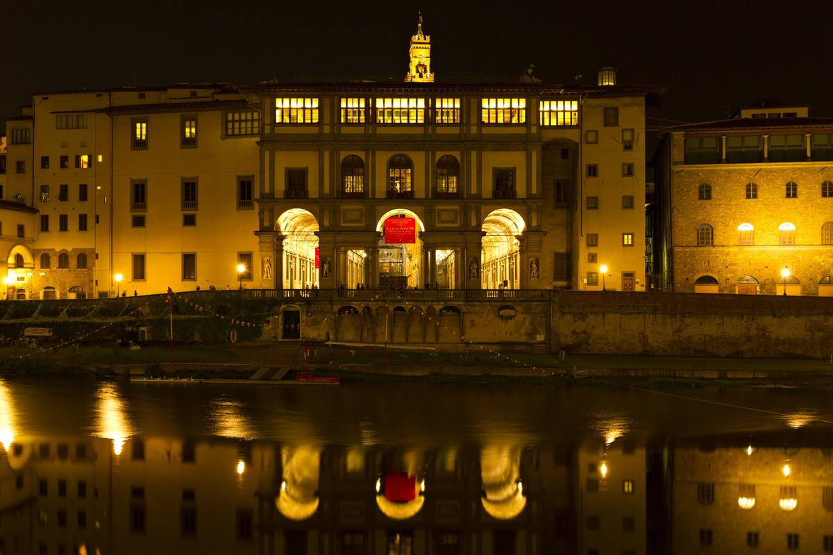 Uffizi Gallery And Pitti Palace Are Linked By A Secret Corridor