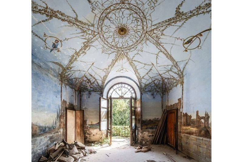 italian monastery abandoned building