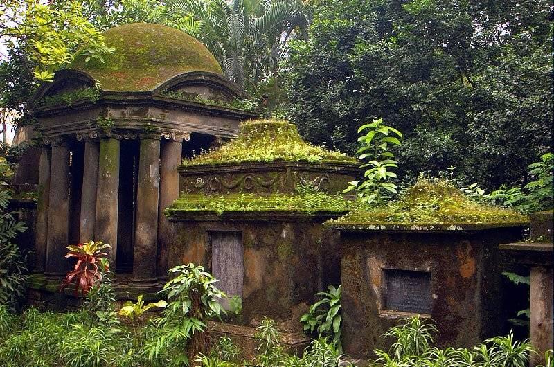 Southpark Cemetery