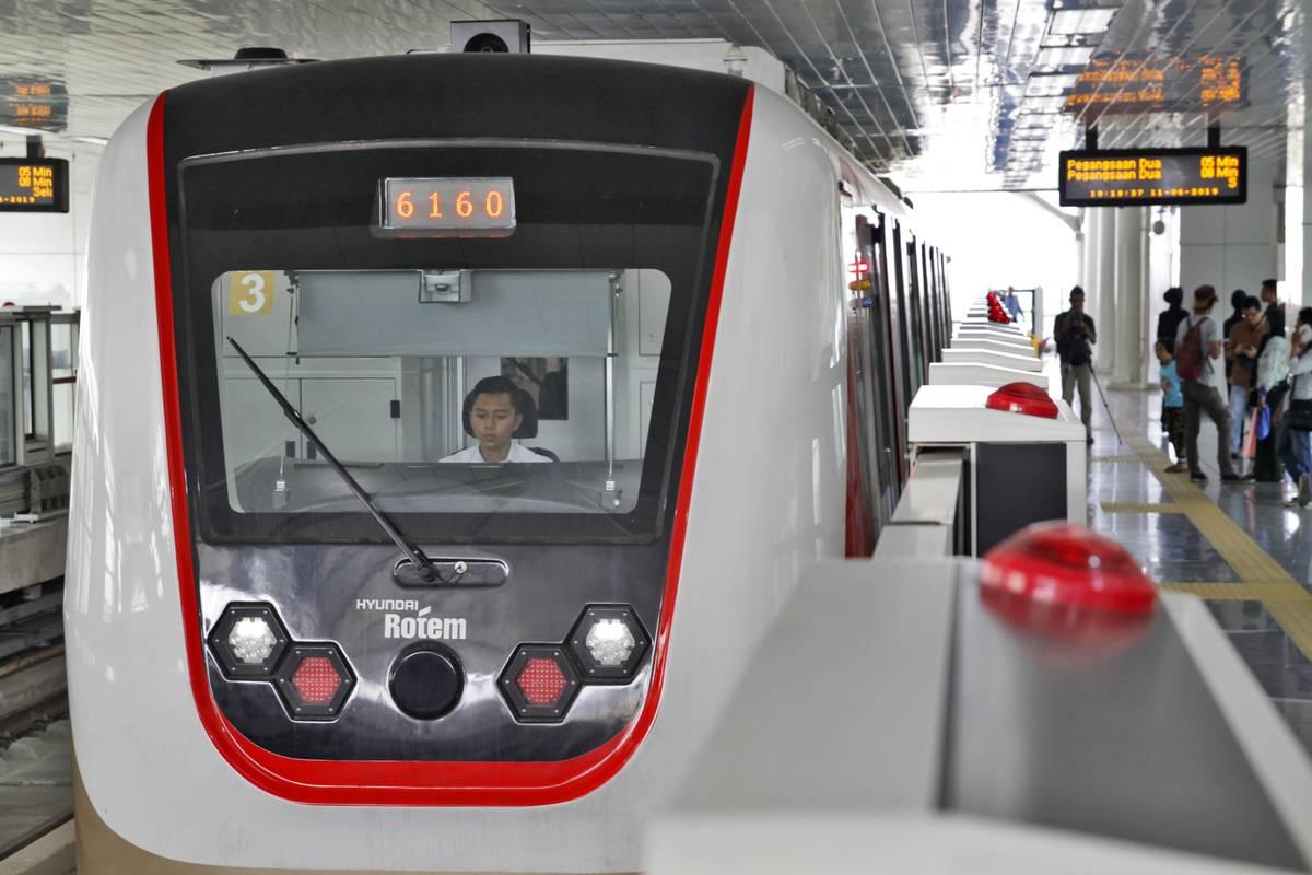 Jakarta Light Rail Transit (Jakarta LRT) train