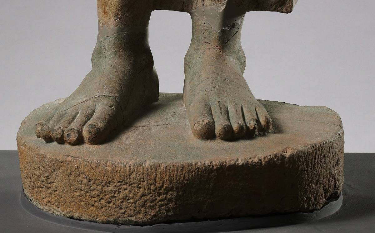 Feet for Standing Buddha statue