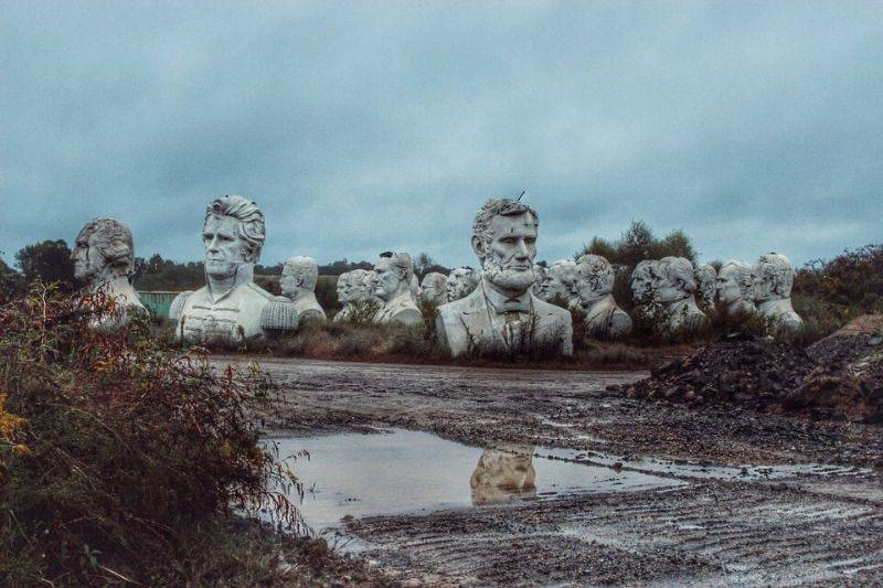 abandoned statues of past presidents