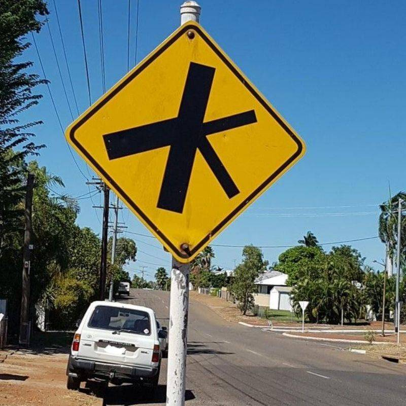 a very specific crossing sign in Australia
