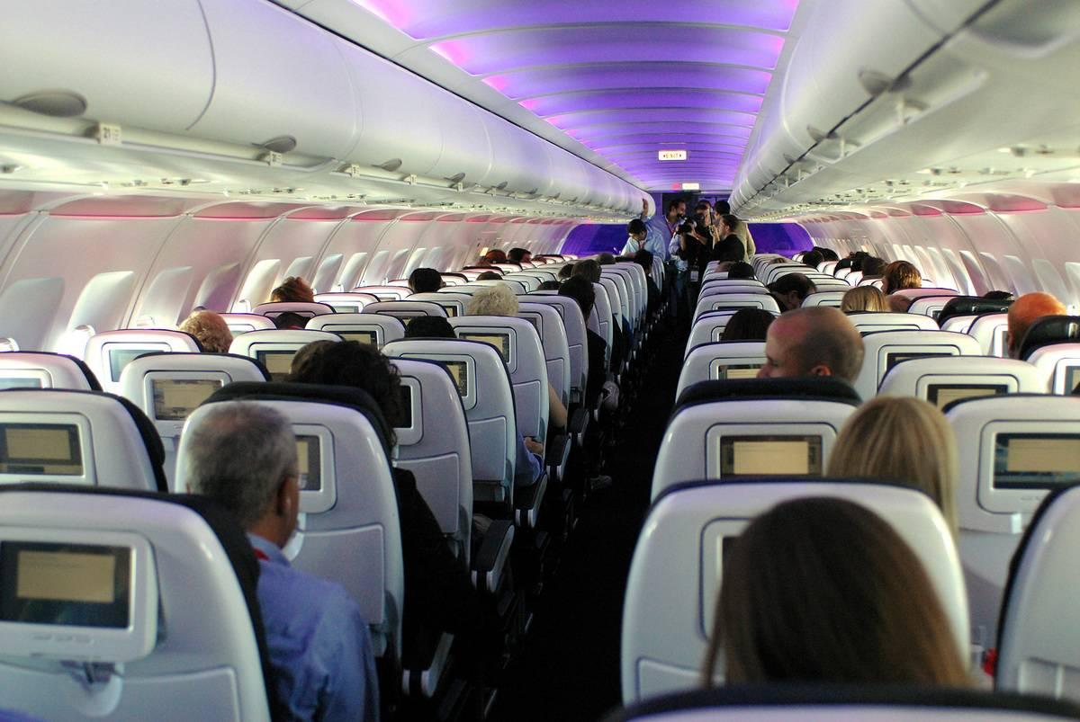 flight in los angeles august cabin lights
