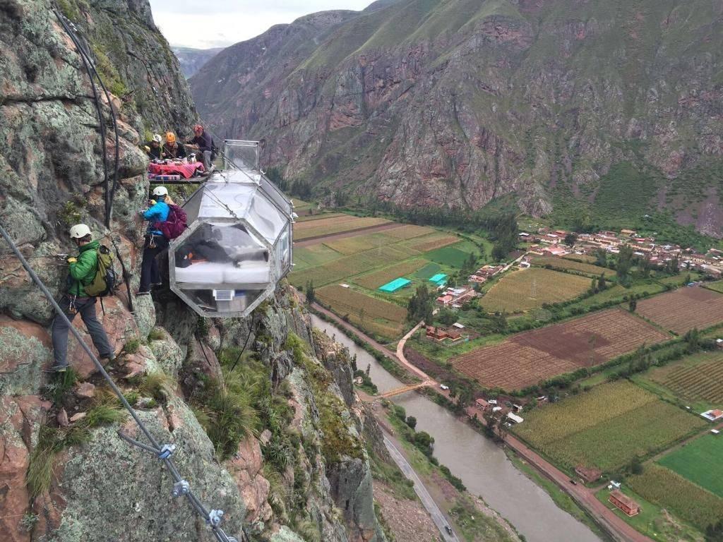 skylodge adventure suites mountainside peru