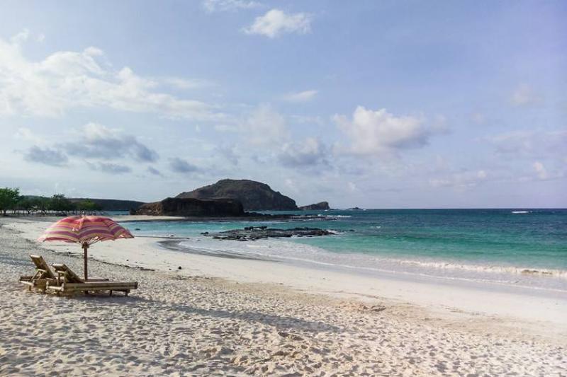 Pantai Tanjung Aan beach