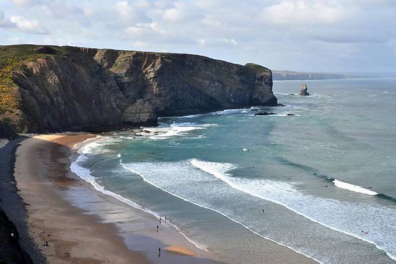 arrifana beach portugal