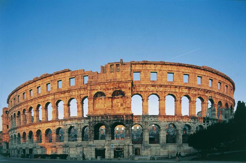 pula amphitheatre croatia