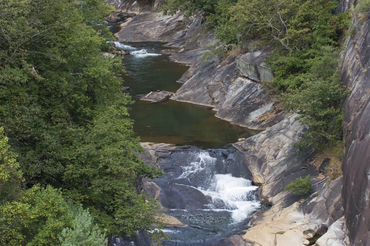waterfalls at tallulah river in north georgia