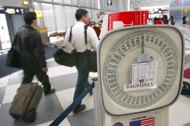 baggage weigher in chicago airport