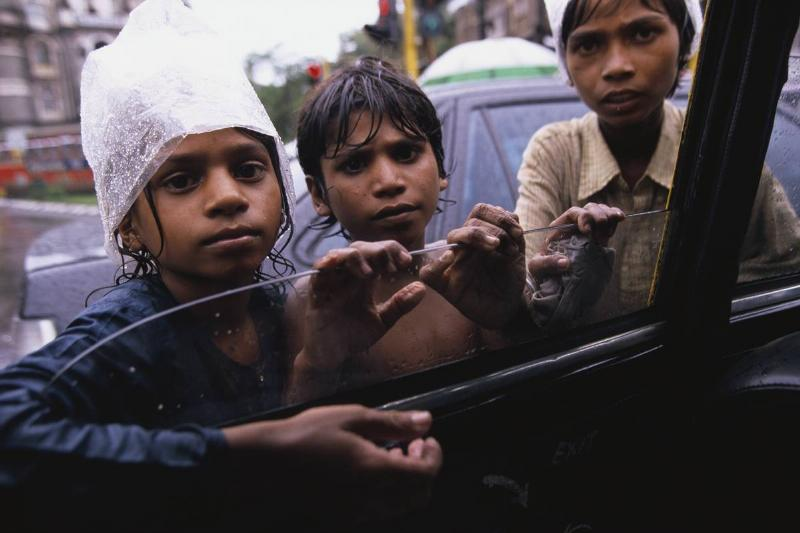 bombay india children begging