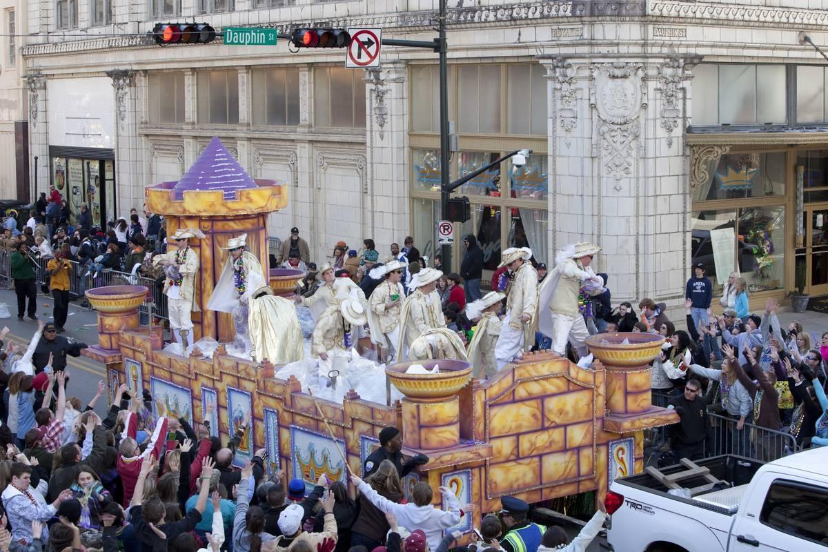 mobile alabama mardi gras celebration