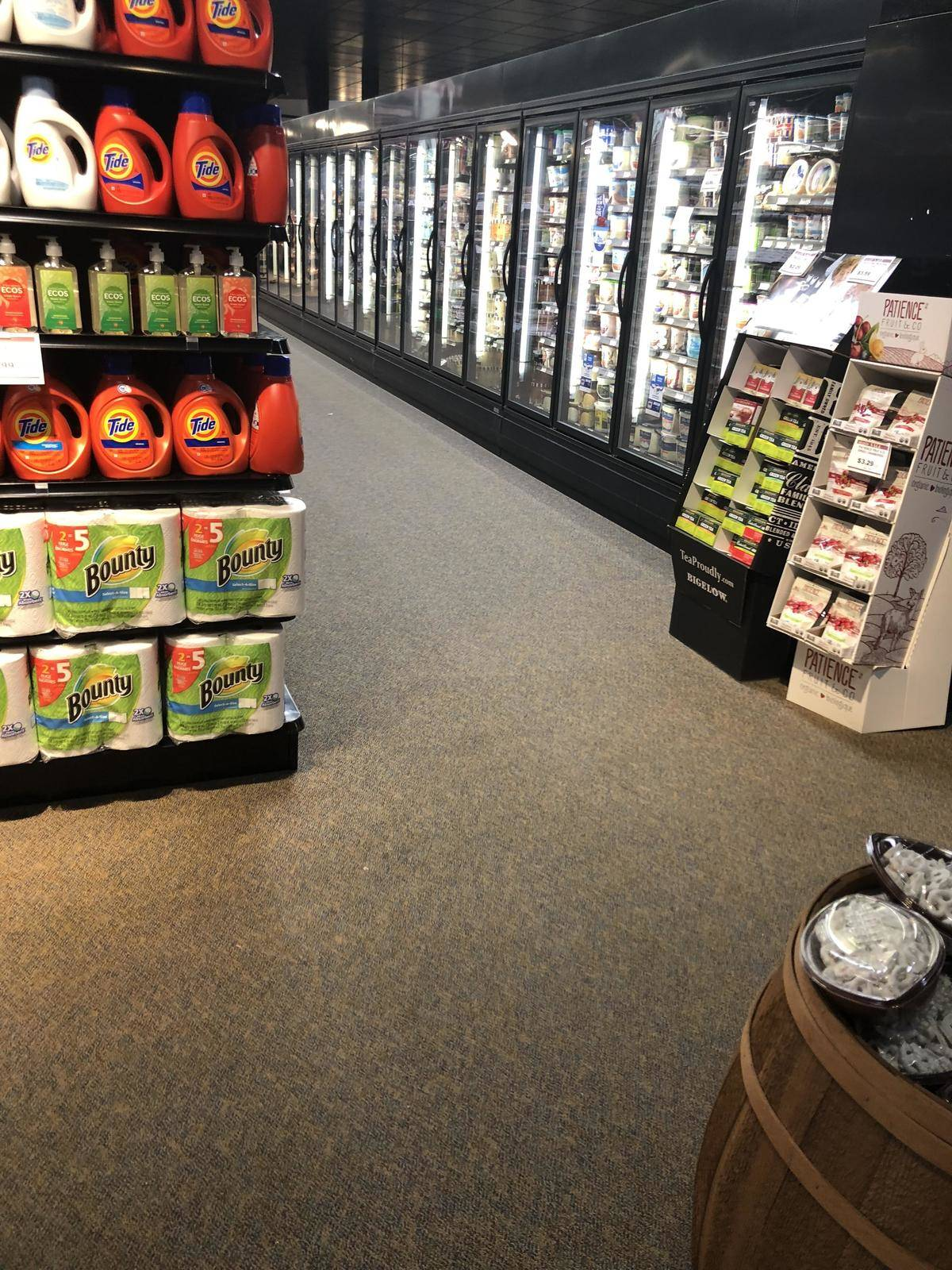 supermarket with carpeted floors