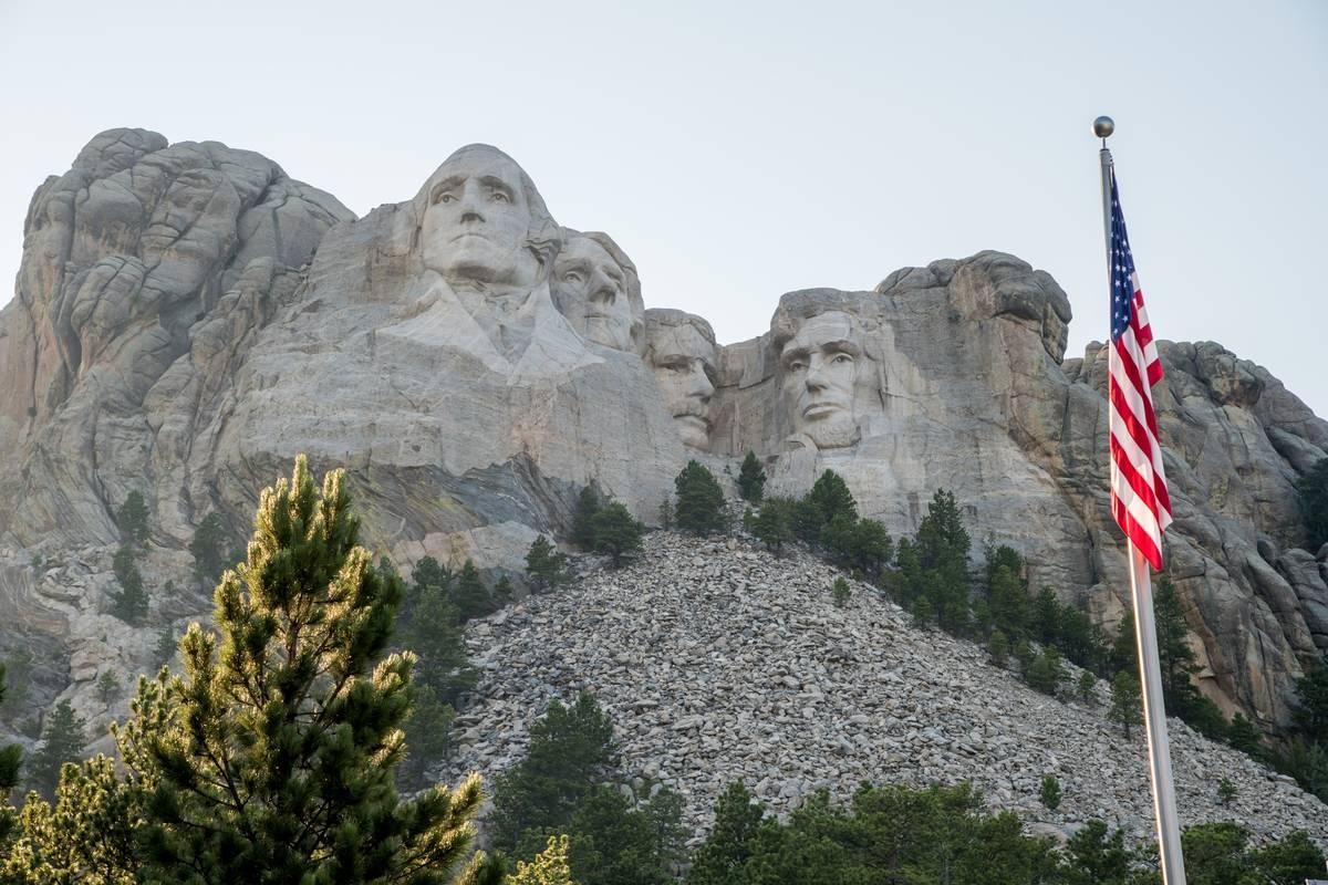 mount rushmore statues south dakota