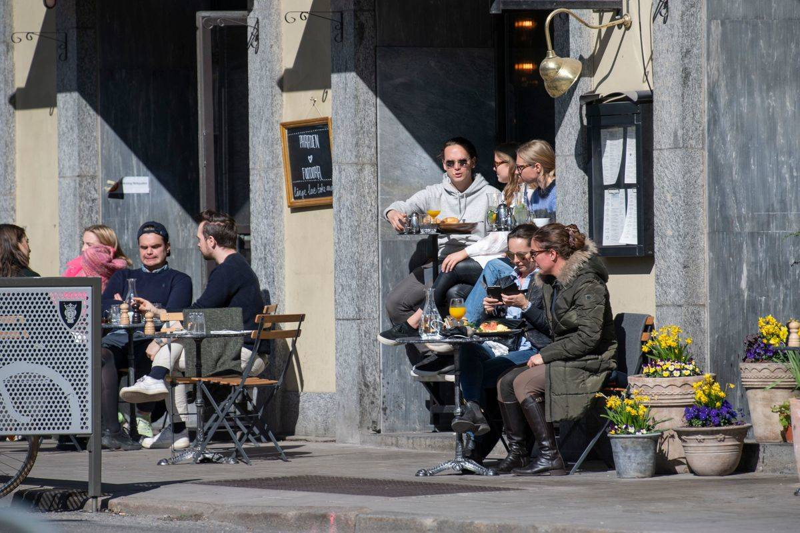 stockholm people in cafe