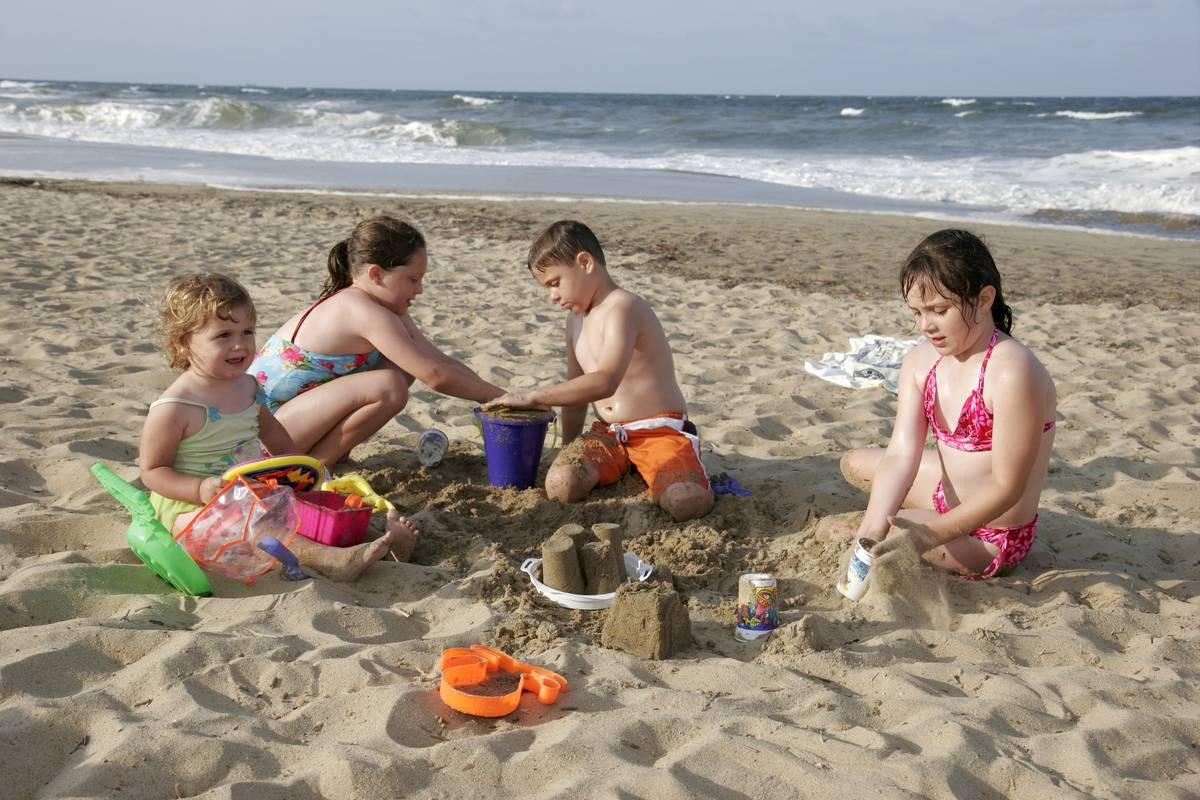 children playing at virginia beach