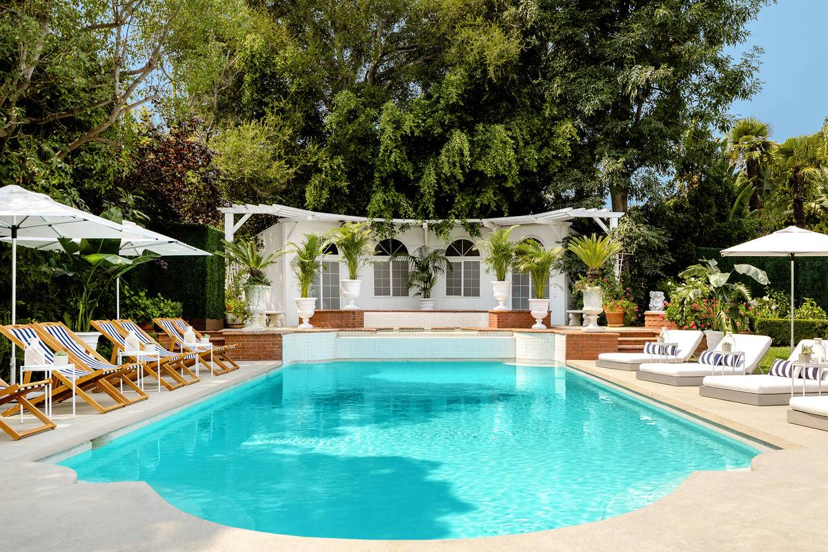 Airbnb_Fresh_Pool