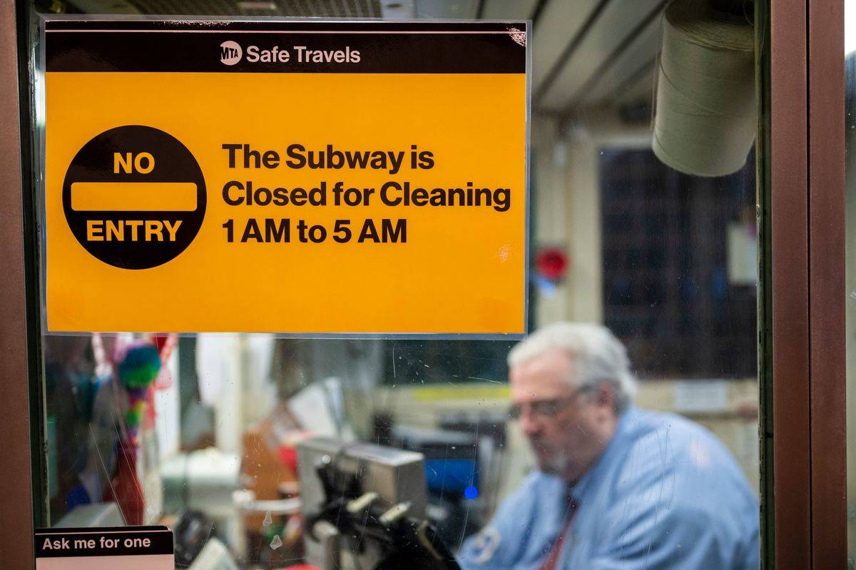 subway closed sign