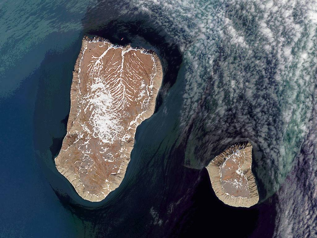 Picture of two islands