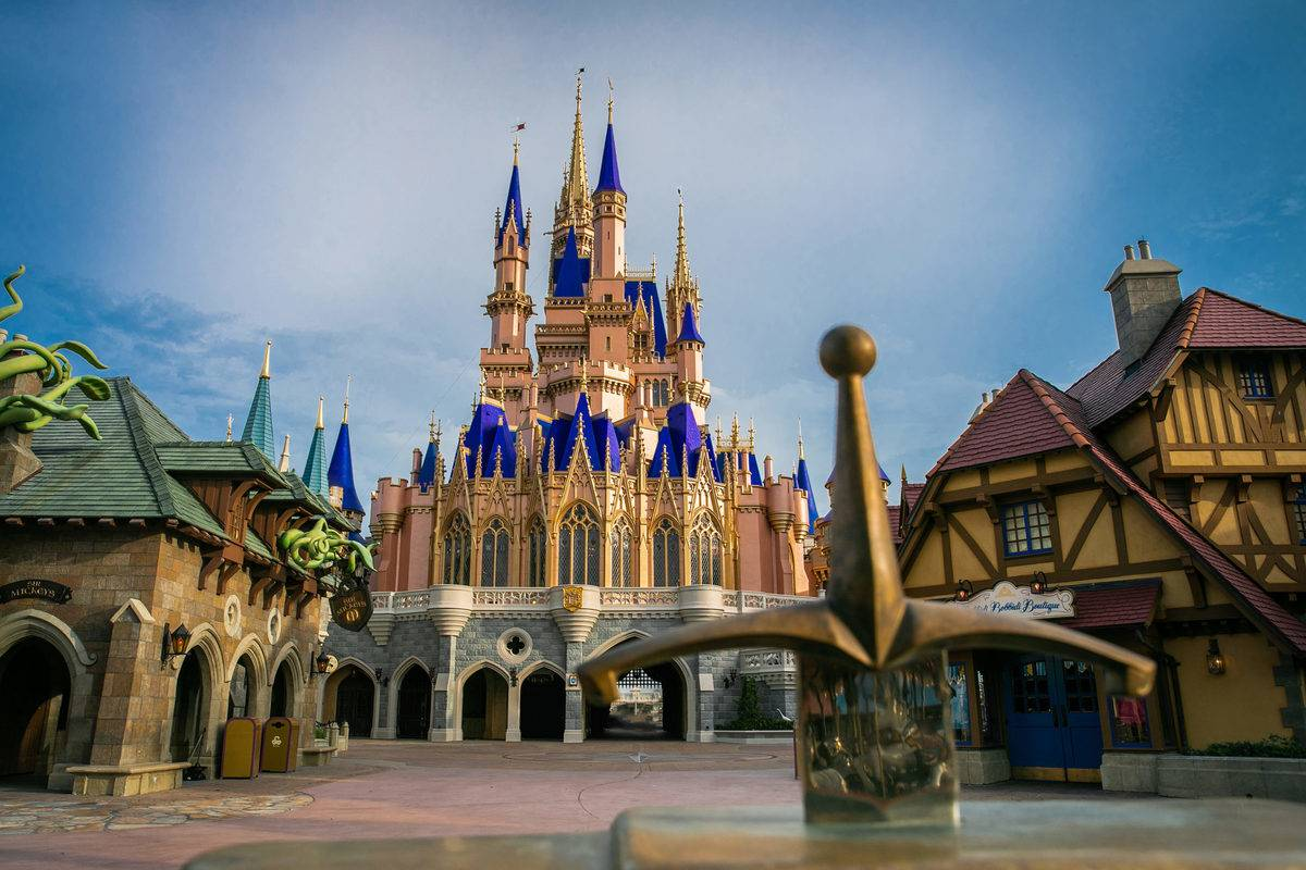 In 2020, the Cinderella Castle at Disney World is empty.