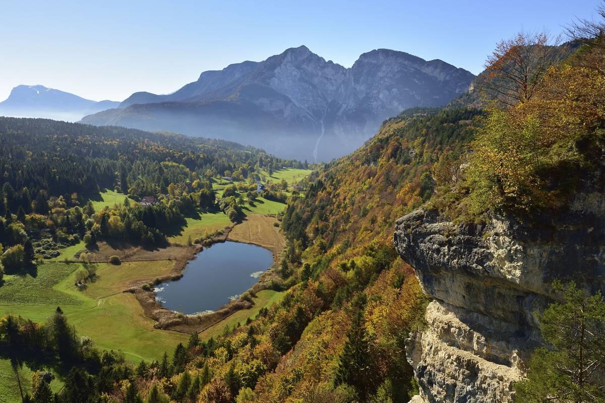 Fennberg Lake In Italy Looks Like A Dream
