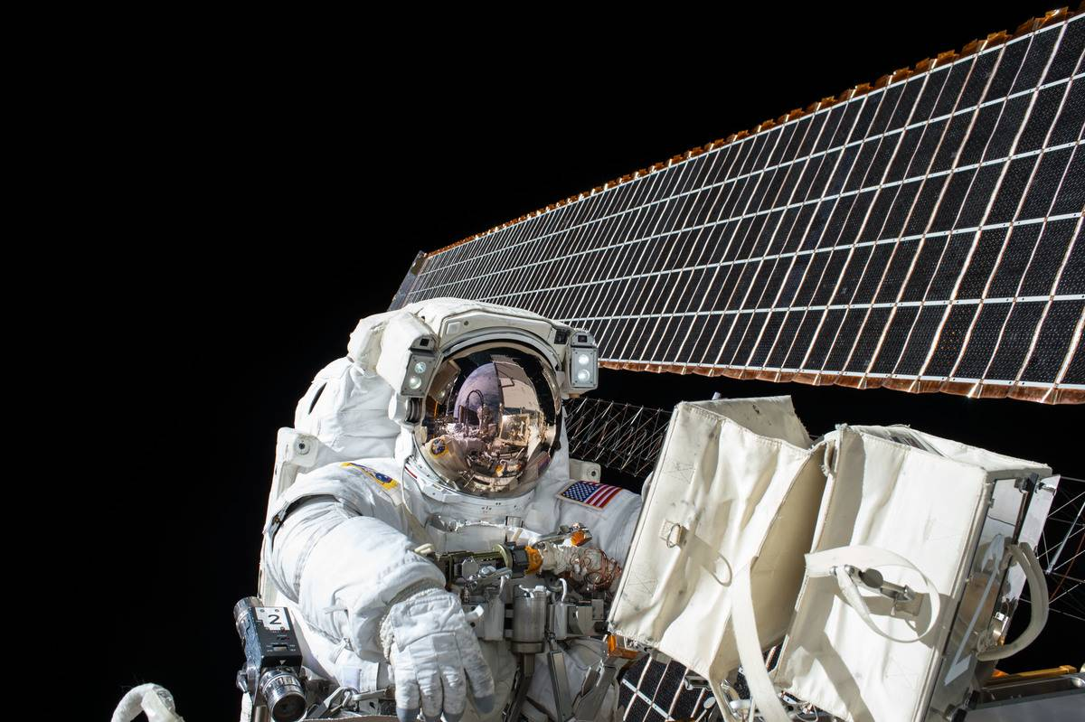Astronaut Scott Kelly floats outside of the ISS.