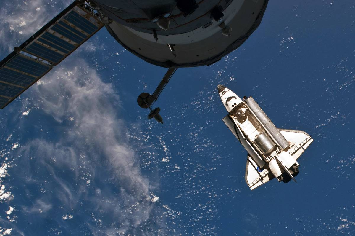 A rocket arrives at the International Space Station.