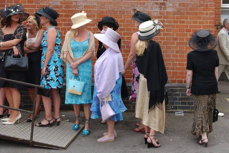 queuing-for-toilet-at-ascot.-75696